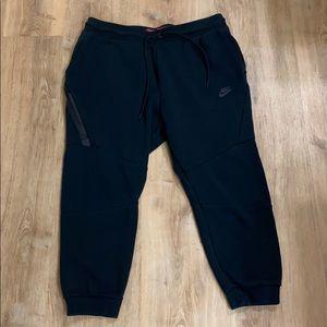 Nike Tech Fleece Pants sz L